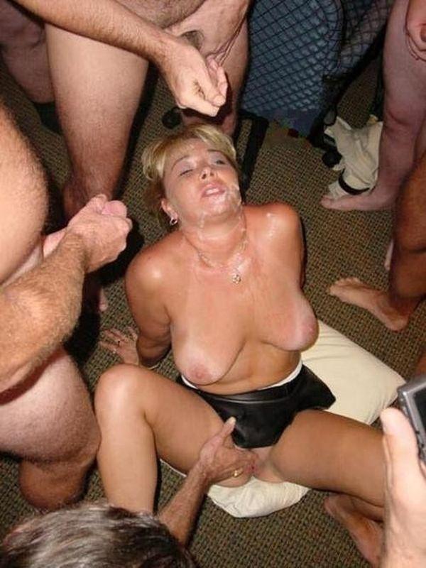 Bengelsdorf recommend Latina pornstars naked posing