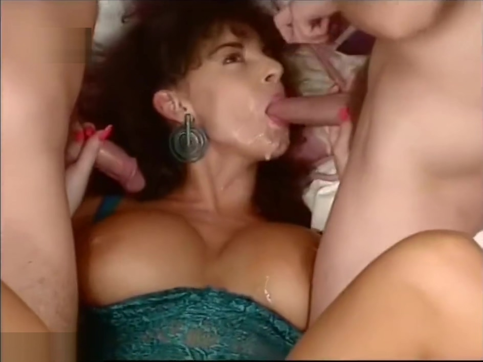 Alejandro recommend Pov upskirt and downblouse