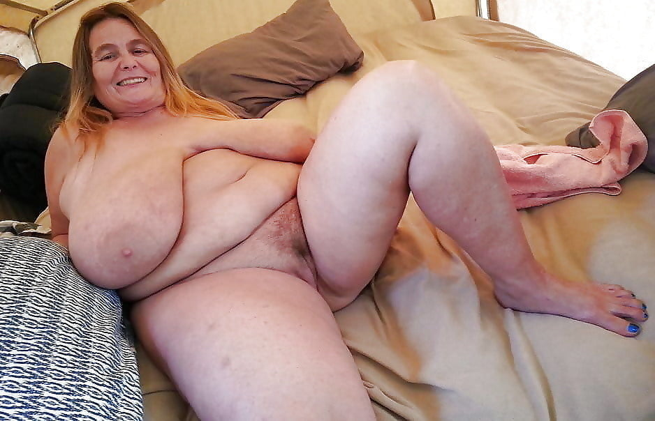 Kinkaid recommend Busty spread pussy
