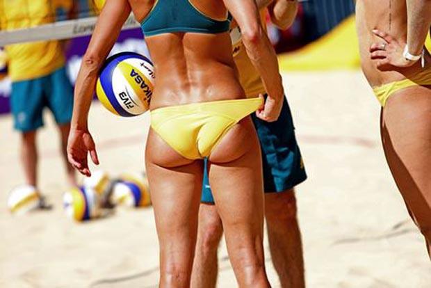 Domingo recommend De de myers in a bikini