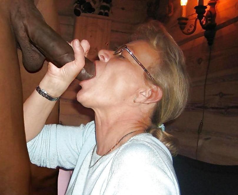 Kadis recommends Sexiest ass licking lesbian twins