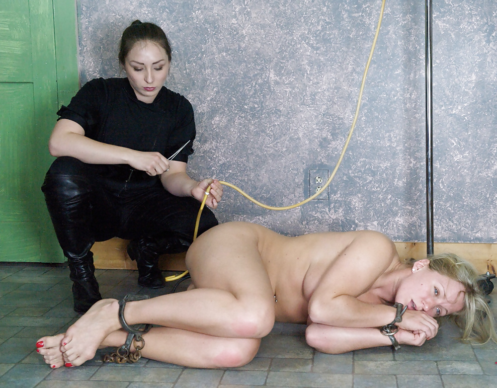 Stamand recommend Free porn bondage pictures nasty dirty