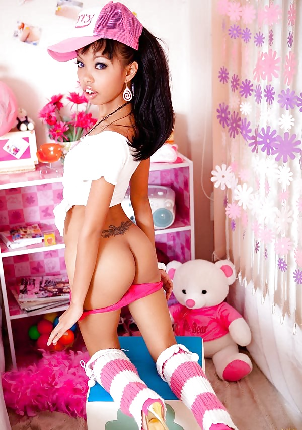 Etta recommends Clit thong galleries